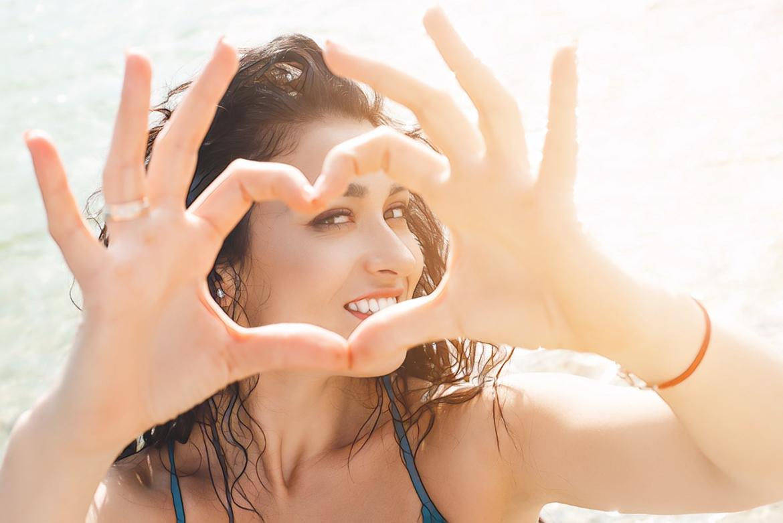 сердечко руками